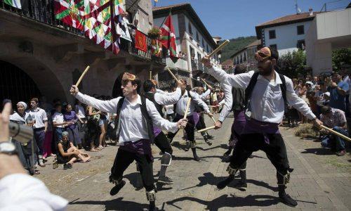 basque-tour-baztan-valley-990x660